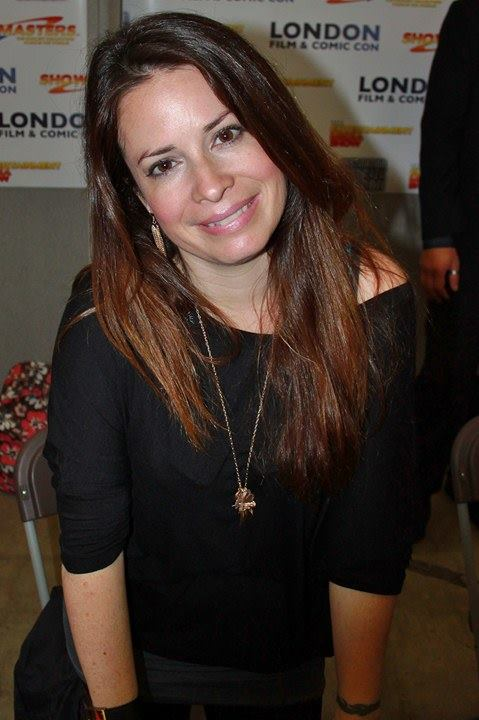 A Charmed Reboot Brings Modern Royal Holly Marie Combs to Mind